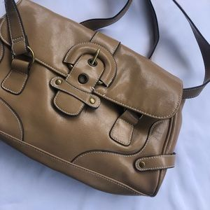 Tan shoulder strap purse